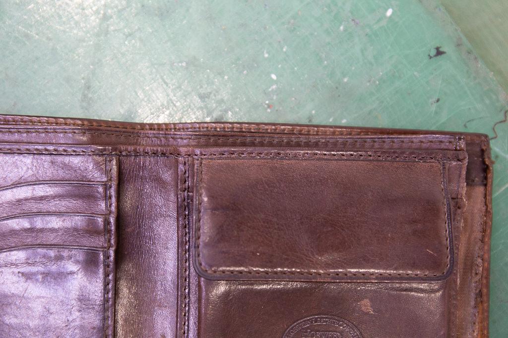 二つ折り財布修理08